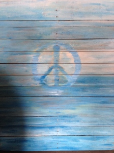 peace sign pallet art